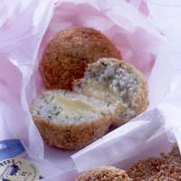 チーズ入りパセリライスコロッケ