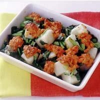 餅と小松菜のピリ辛グラタン