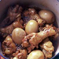 鶏肉とゆで卵の甘辛煮