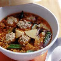 肉だんごのピリ辛スープ煮