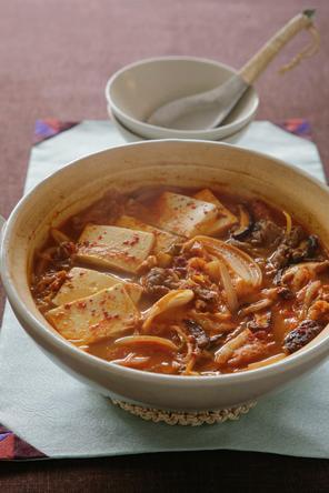 干し野菜と牛肉のキムチ鍋