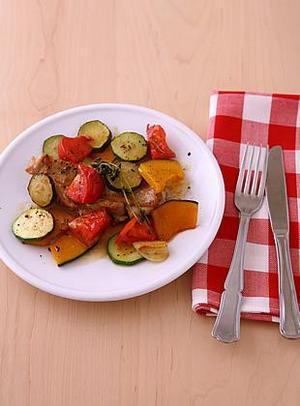 チキンと野菜のハーブ蒸し