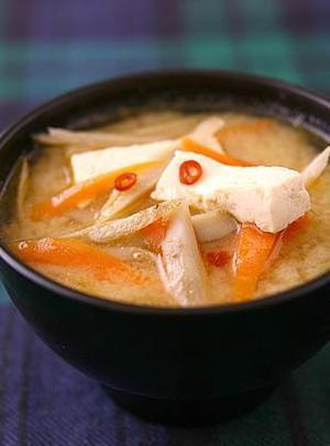 豆腐ときんぴらのみそ汁