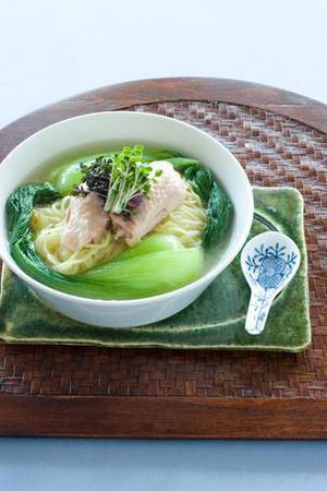青梗菜入り鶏ラーメン