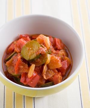 ズッキーニとベーコンのトマト煮