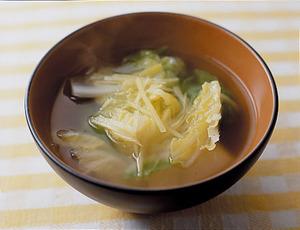 白菜としょうがのスープ