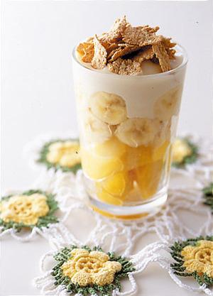 バナナ&マンゴーの豆乳パフェ
