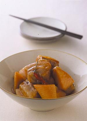 豚肉とたけのこの中華風角煮