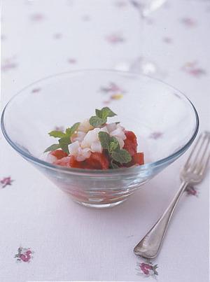 フルーツトマトと魚介の冷たいパスタ