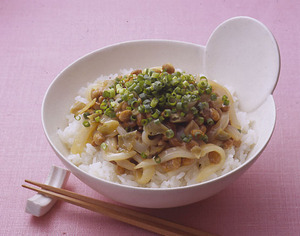 いか納豆丼