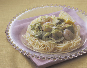 アボカドとえびの冷製スパゲティ