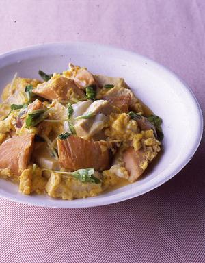 甘塩鮭と豆腐の卵とじ