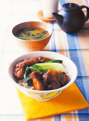コロコロ角煮丼