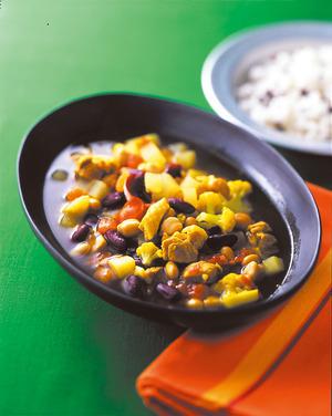 豆と野菜のスープカレー