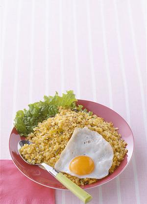 ひき肉と高菜の卵チャーハン