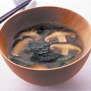 小松菜のごまみそ汁