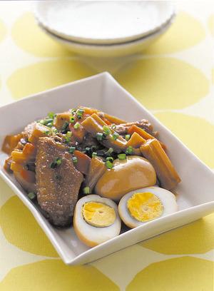 ゆで卵と鶏手羽の煮もの
