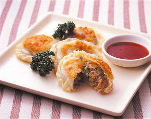 鶏肉とキャベツの洋風餃子