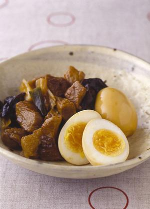 ゆで卵と豚肉のしょうゆ煮
