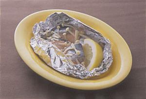 鮭とえのきのホイル焼き