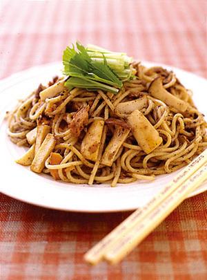 エリンギとツナのごまマヨ風味スパゲティ