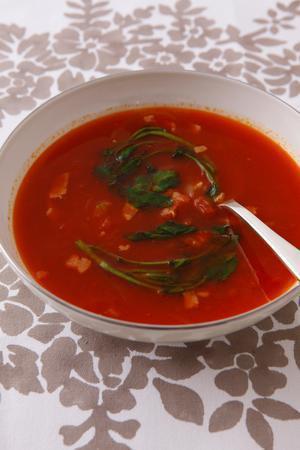ベーコンとクレソンのトマトスープ