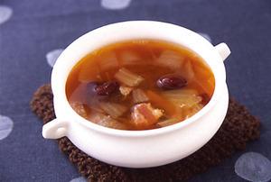 豆とベーコンのスープ