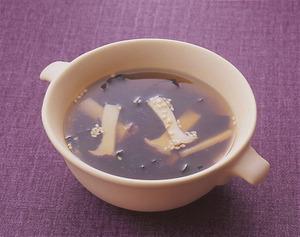エリンギとわかめのスープ
