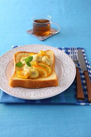 オレンジとバナナのフレンチトースト