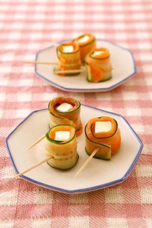 サーモンとチーズのきゅうりロール