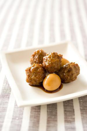 肉だんごとうずら卵の照り焼き