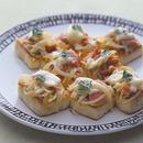 豆腐と鮭のピザ風