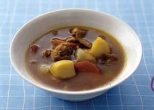 豚肉と根菜のカレースープ