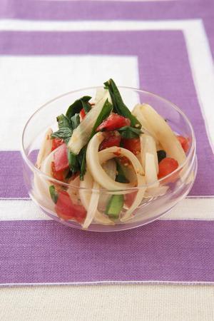 玉ねぎのトマトドレッシングサラダ