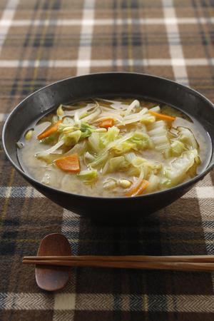 白菜の韓国風みそ汁