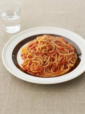 ピリ辛トマトソースパスタ