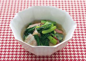 小松菜とベーコンのさっと煮