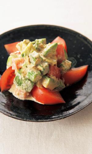 アボカドとトマトの玉ねぎポン酢マヨサラダ