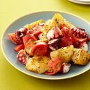トマトとたこ、じゃがいものバジル炒め