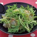 水菜と刺し身の和風サラダ