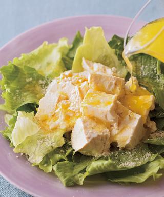 豆腐とレタスのチーズサラダ