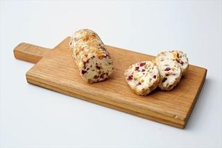 クリームチーズのドライフルーツ&ナッツディップ